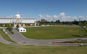 Image of the Great Lawn with the Aberdeen Pavilion in the background at TD Place.